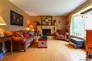 https://0201.nccdn.net/1_2/000/000/14c/884/livingroom3.jpg