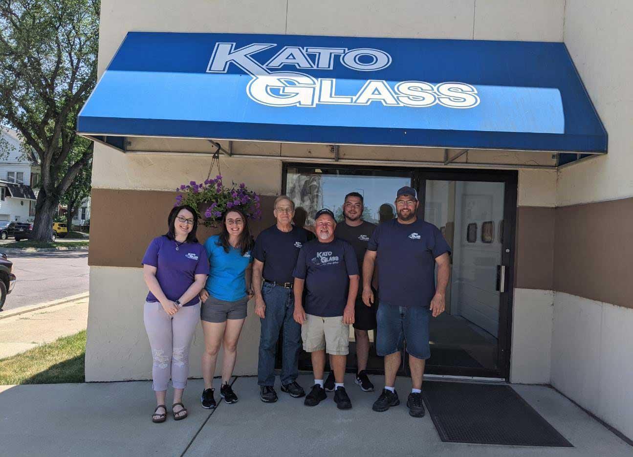 Kato Glass Team
