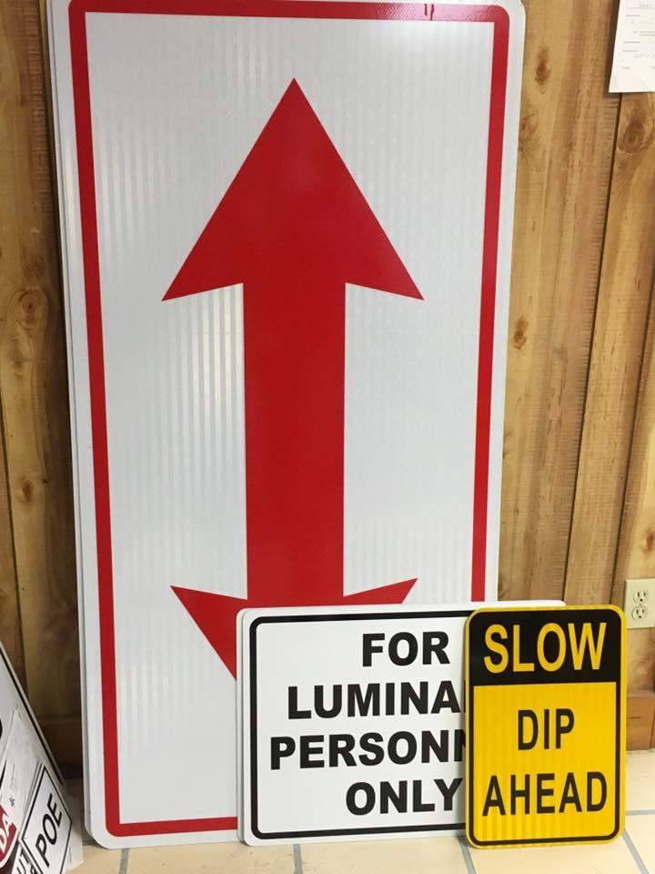https://0201.nccdn.net/1_2/000/000/14e/036/Reflective-Signs-720x960.jpg