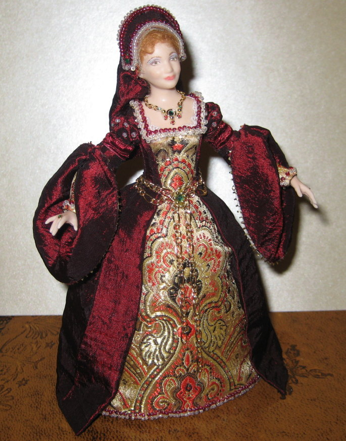 12TH SCALE LADY DOLL TUDOR GOWN