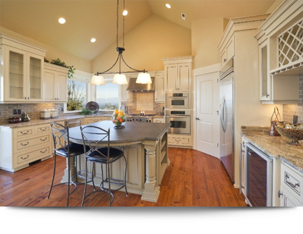Beautifully renovated kitchen||||