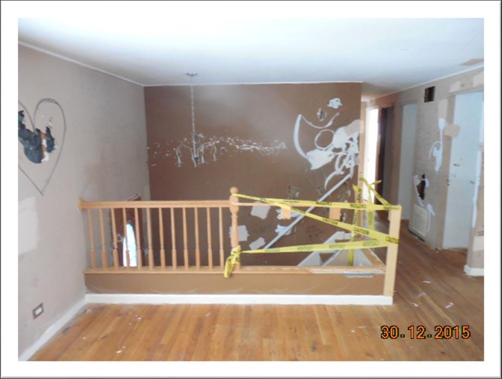 https://0201.nccdn.net/1_2/000/000/14f/d98/Staircase.jpg