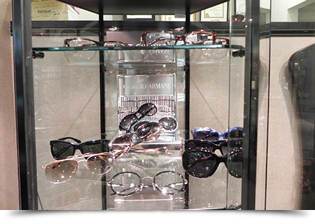 Giorgio armani display case||||