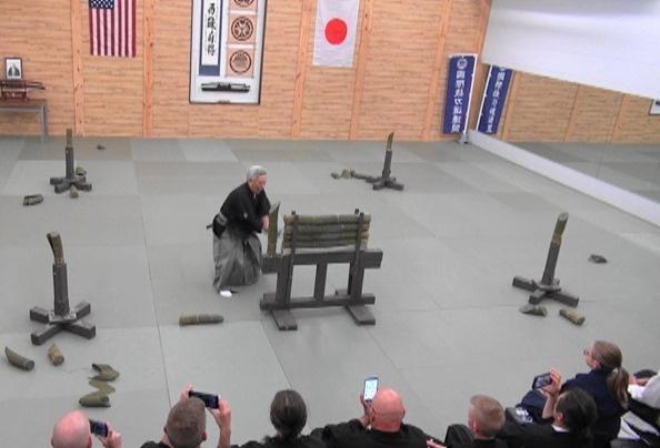 Taikai Embu - Sato Seiji Sensei happogiri.