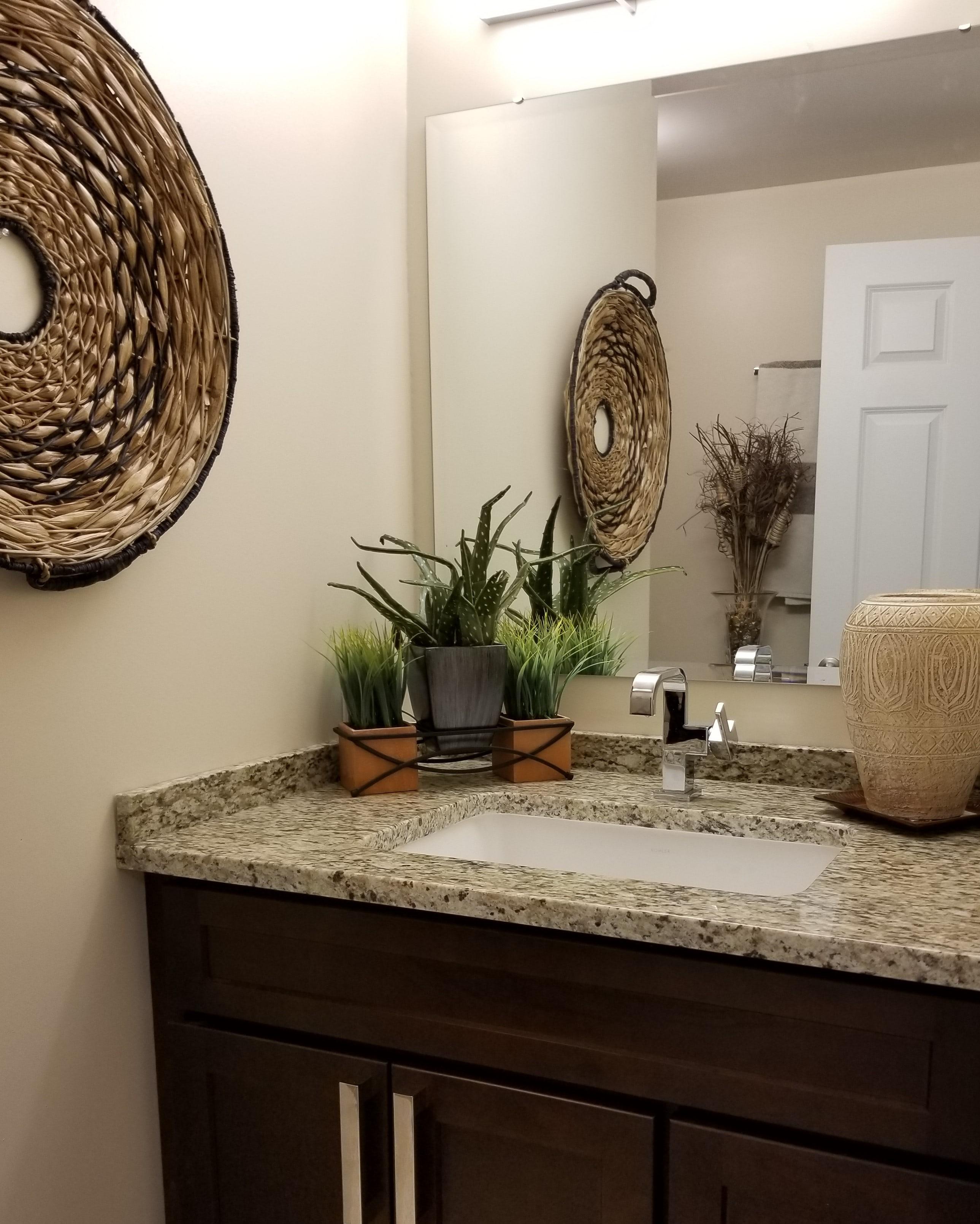 https://0201.nccdn.net/1_2/000/000/154/43c/Stage-Bathroom-min.jpg