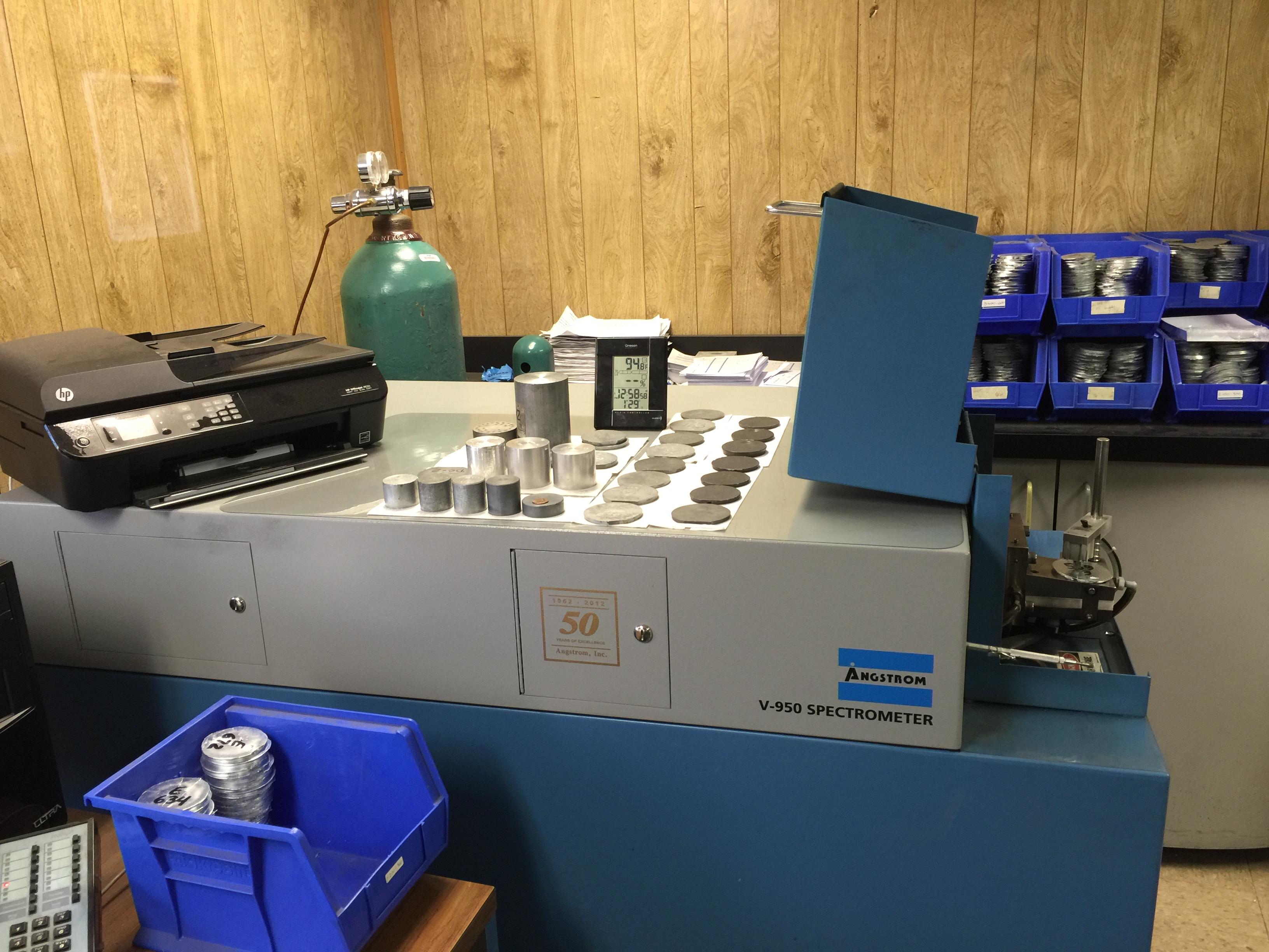 Angstrom V-950 Spectrometer