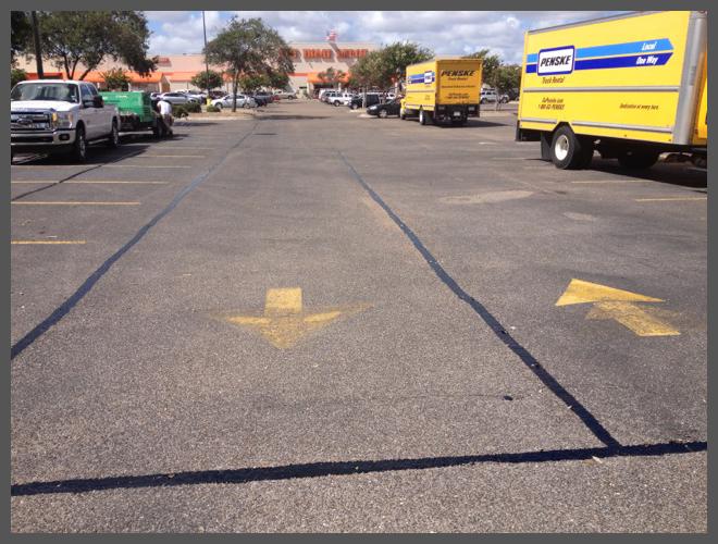Pavement cracks sealing services||||