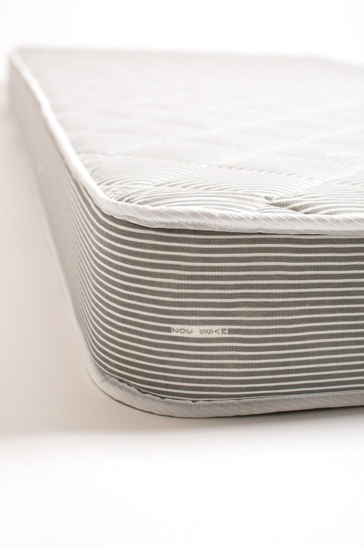 The double-sided, quilted cover adds an extra layer of cushion for a better nights rest.