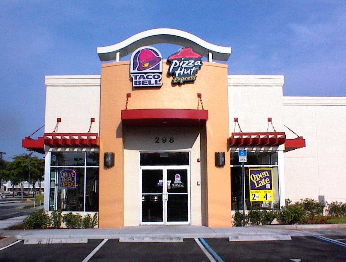 https://0201.nccdn.net/1_2/000/000/157/e62/Taco-Bell---Pizza-Hut-1152x872.jpg