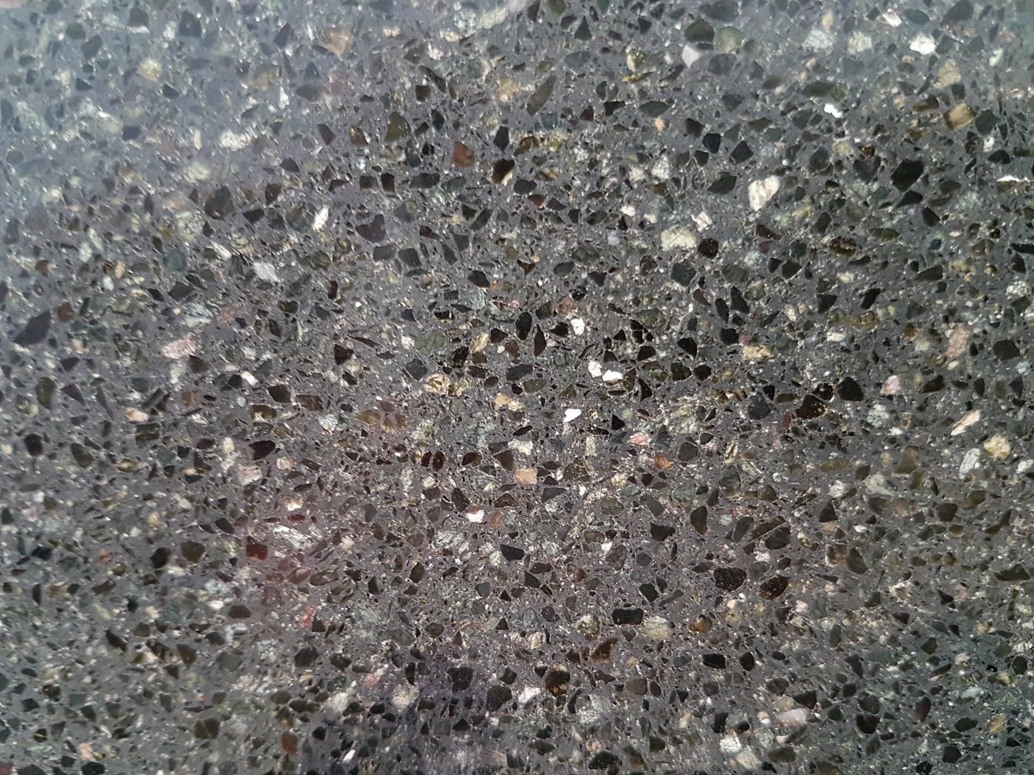 Mosaico granítico ver Alpe 1/1