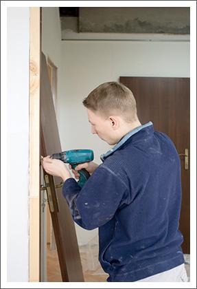 Installing door services||||