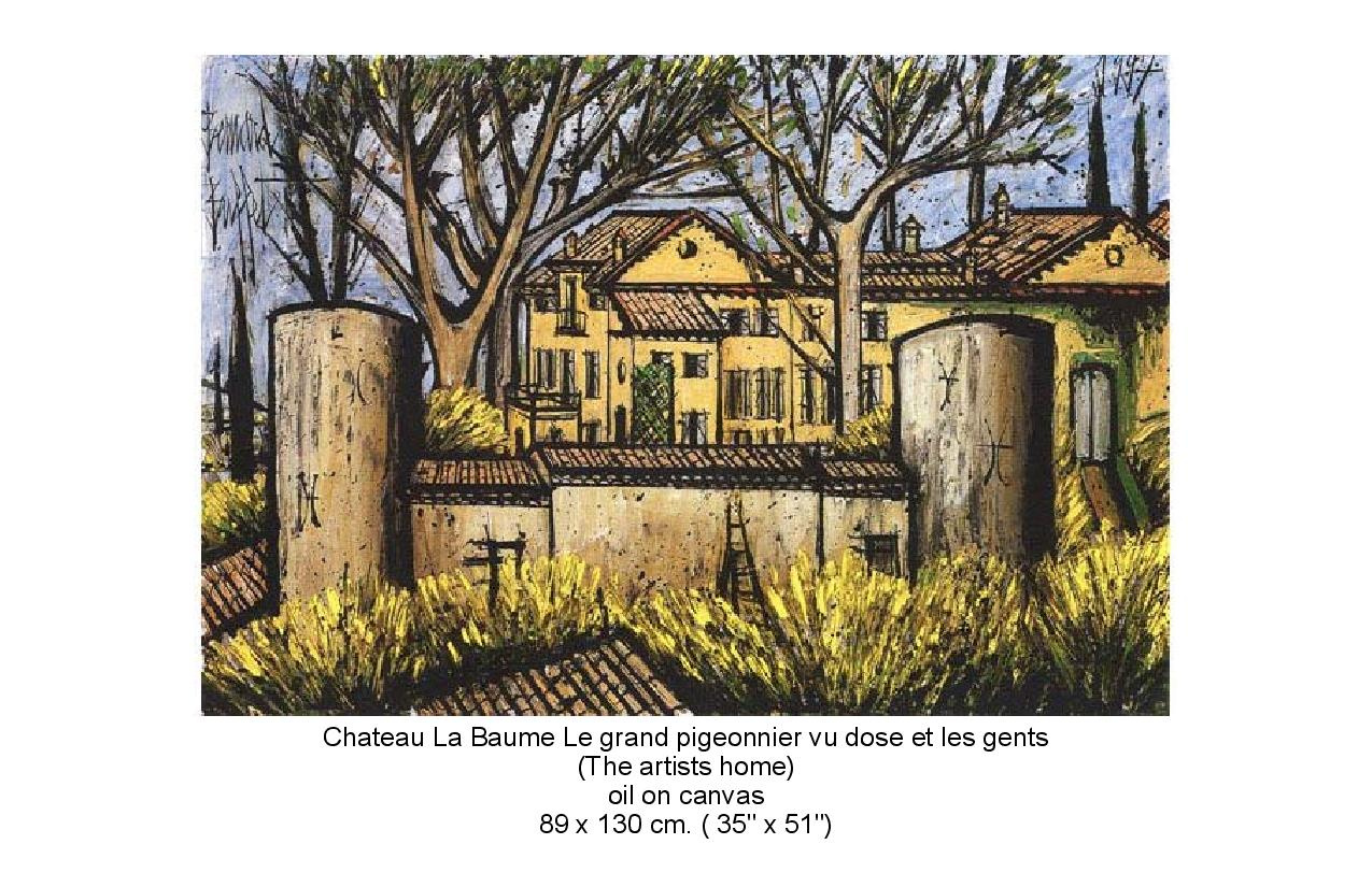 Portiate of the artist home. Chateau La Baume Le grand pigeonnier vu does et les gents.