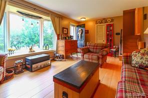 https://0201.nccdn.net/1_2/000/000/15c/a85/livingroom1.jpg