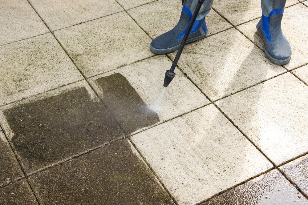 Washing Away Dirt on Dirty Floors