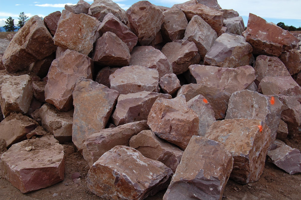 19-8034 - Ruby Red Boulders
