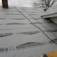 https://0201.nccdn.net/1_2/000/000/15d/991/RoofRepair.jpg