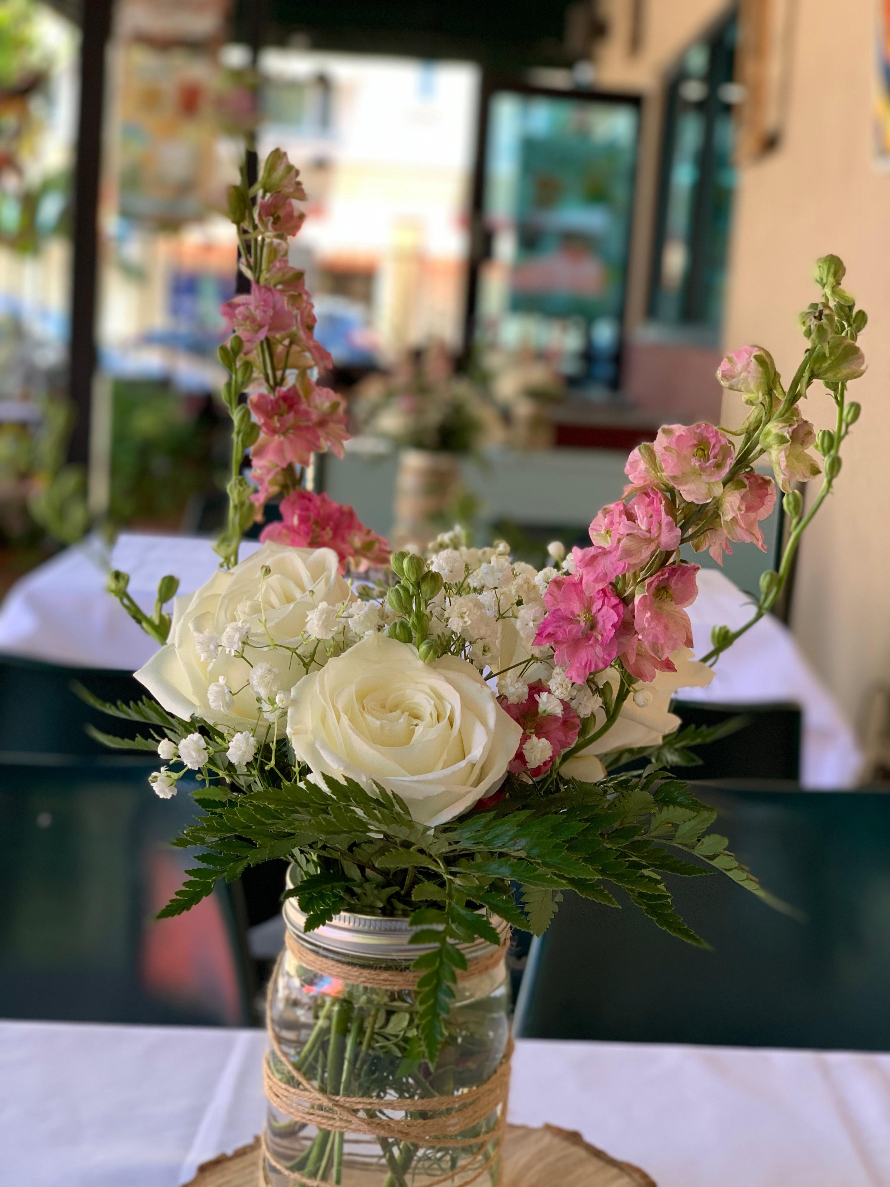 https://0201.nccdn.net/1_2/000/000/15e/8a2/flores-decoracion-de-mesas-3024x4032.jpg