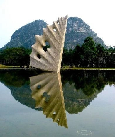 Flight on the Water - Pink granite - Park Yuzi Paradise - Guilin, China
