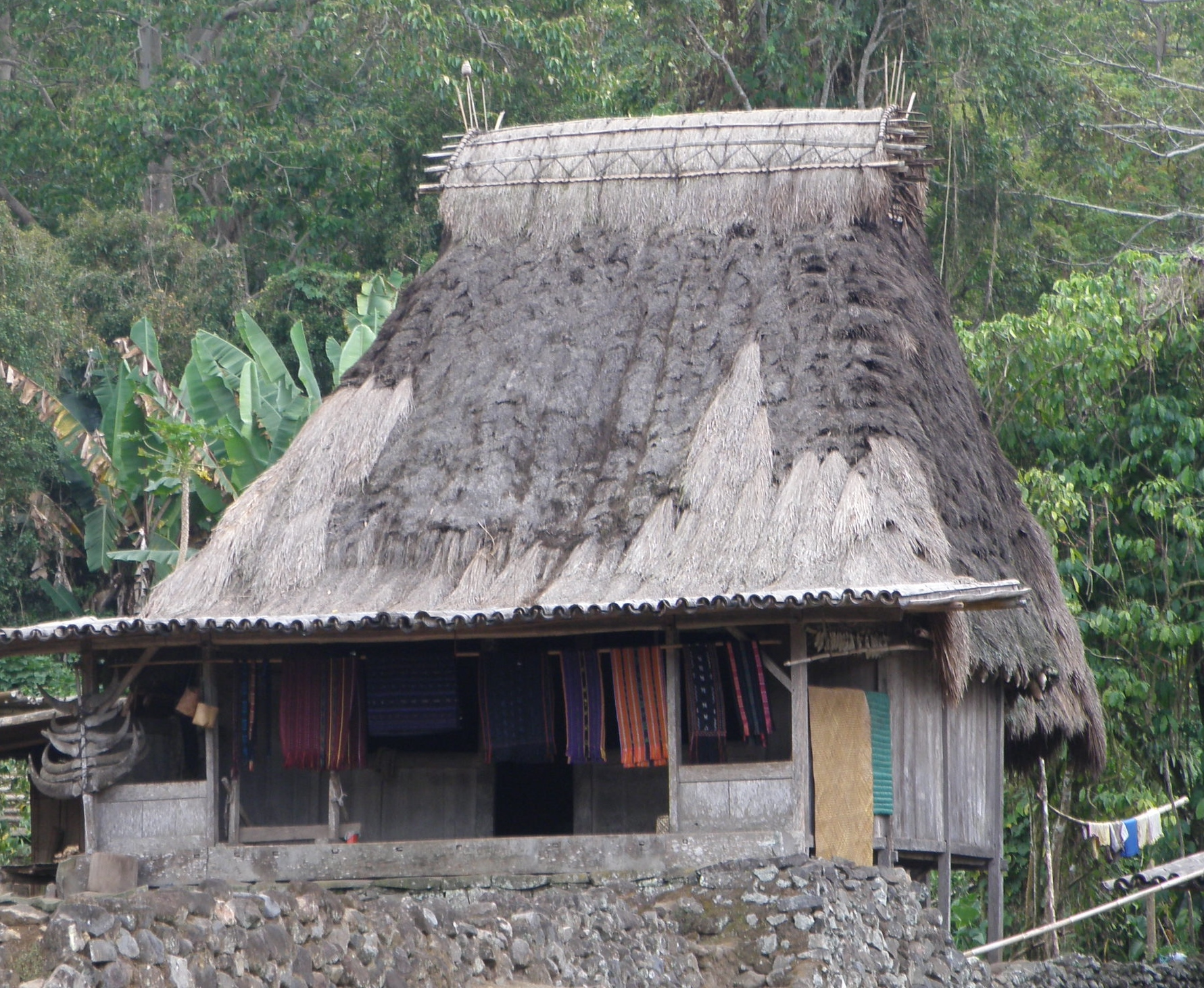 Traditional house with Ikat for sale