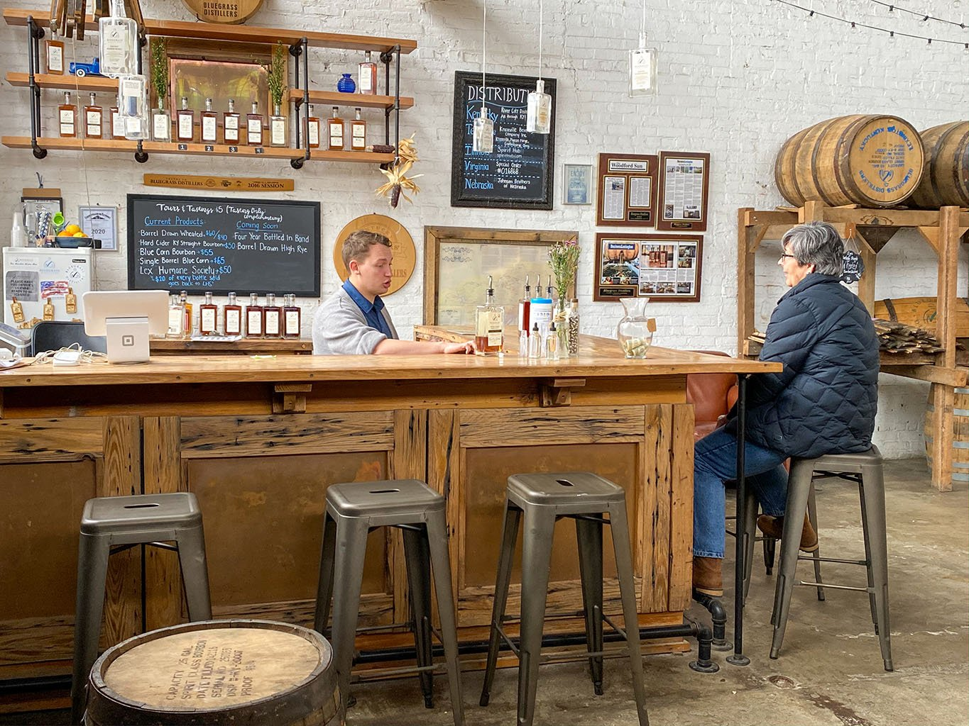 Tasting Bar / Cocktail Bar -Bluegrass Distillers