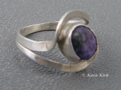 https://0201.nccdn.net/1_2/000/000/164/7be/SS---Purple-Stone-Ring-4x6.jpg