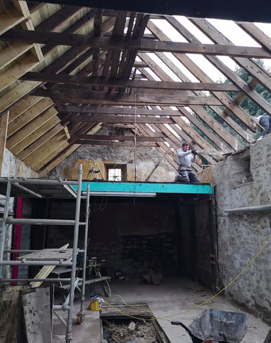 Supporting the existing wooden beams