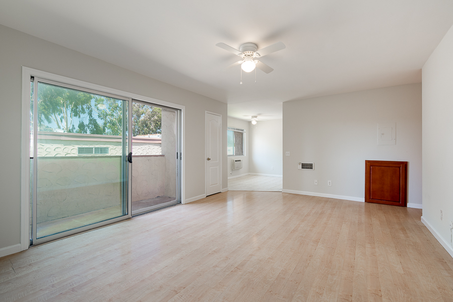 3557 Kenora Dr. Unit 26 in Spring Valley