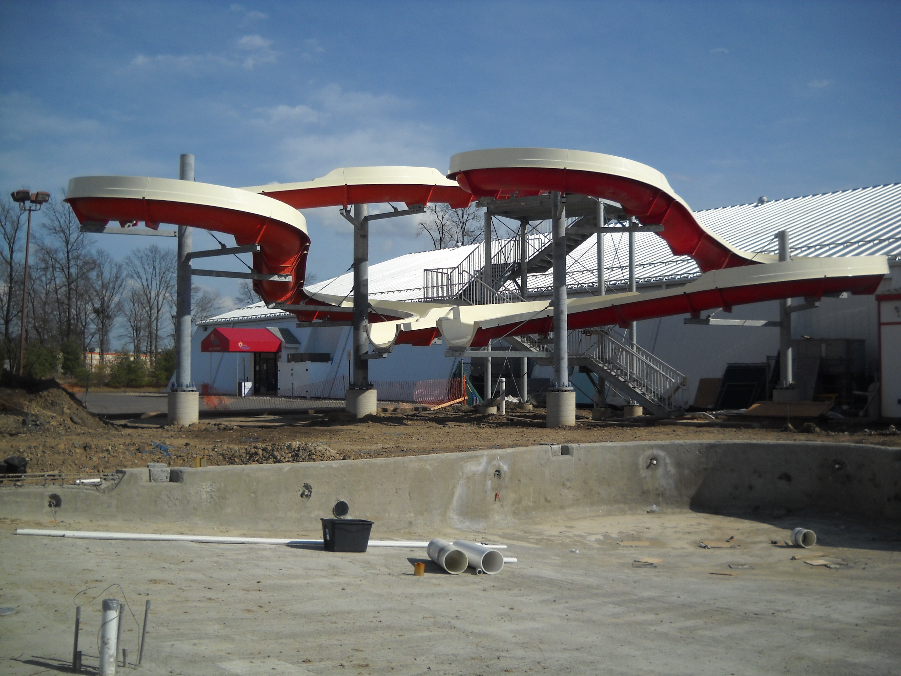 Slide and Pool Construction at Funplex North