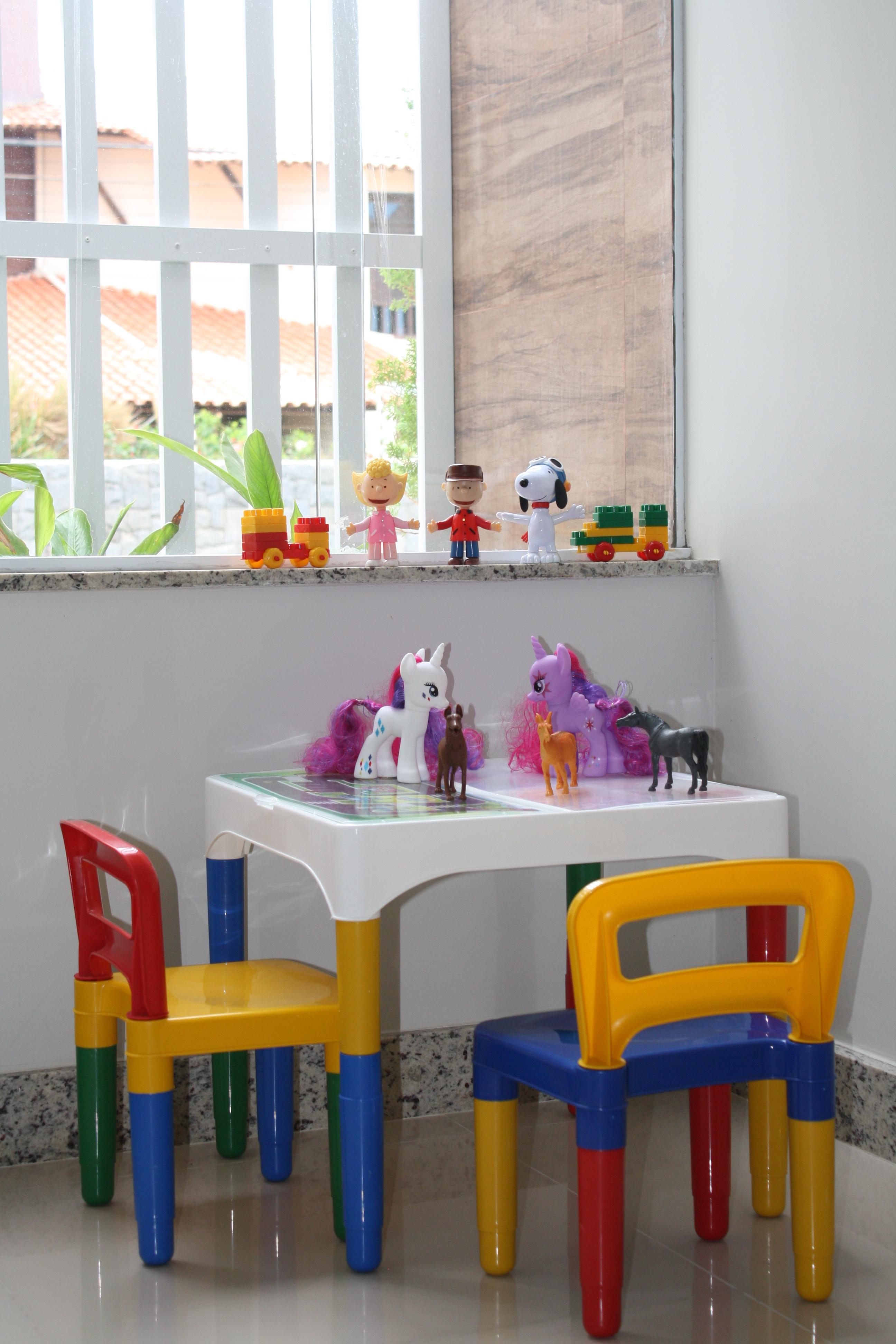 https://0201.nccdn.net/1_2/000/000/169/236/sala-infantil-2592x3888.jpg