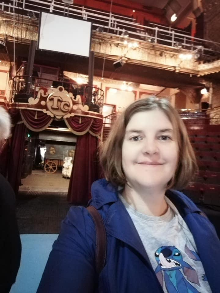 https://0201.nccdn.net/1_2/000/000/16a/ddf/Susan-circus-ring-Blackpool-720x960.jpg