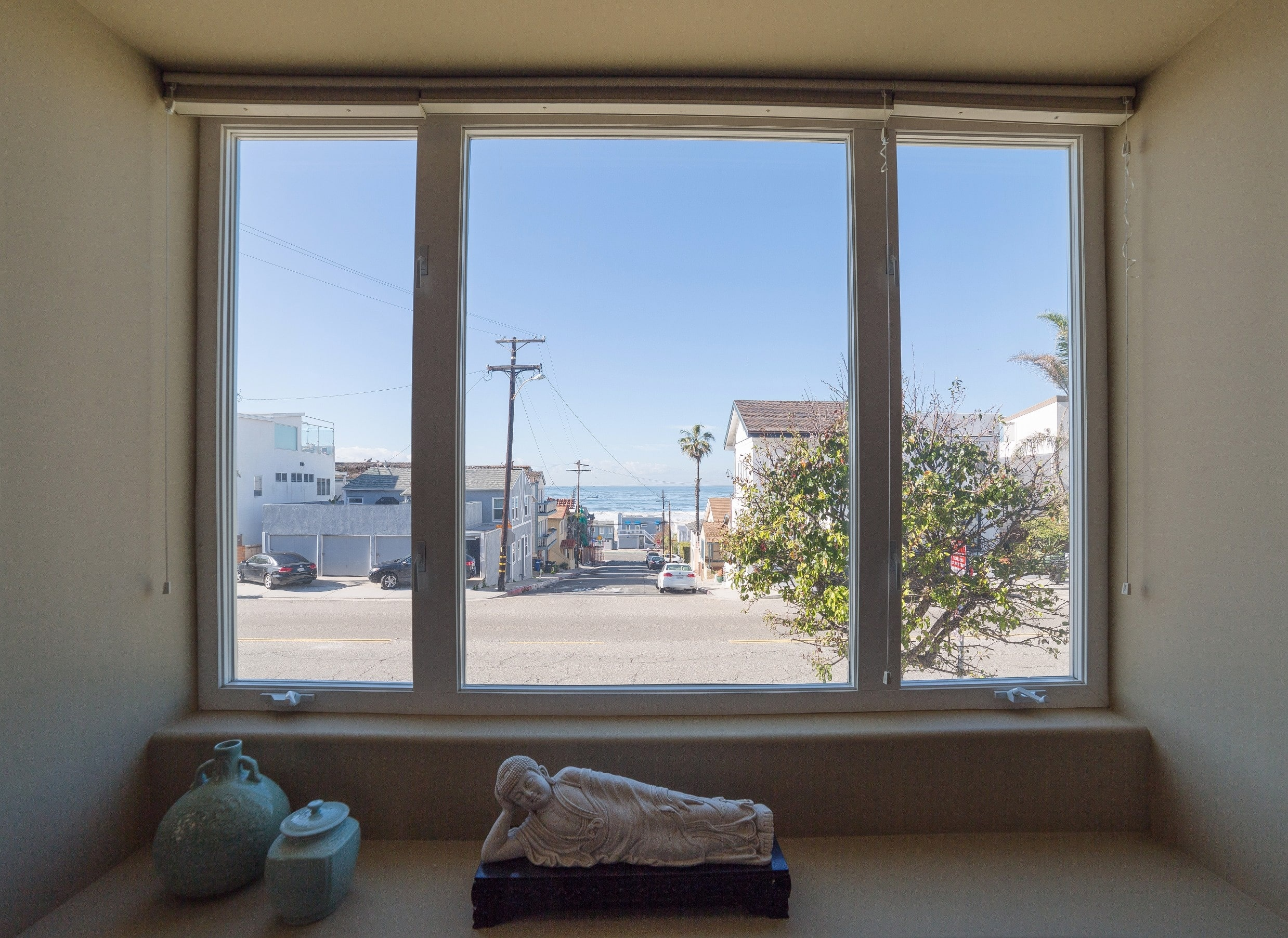 MB Townhouse Window