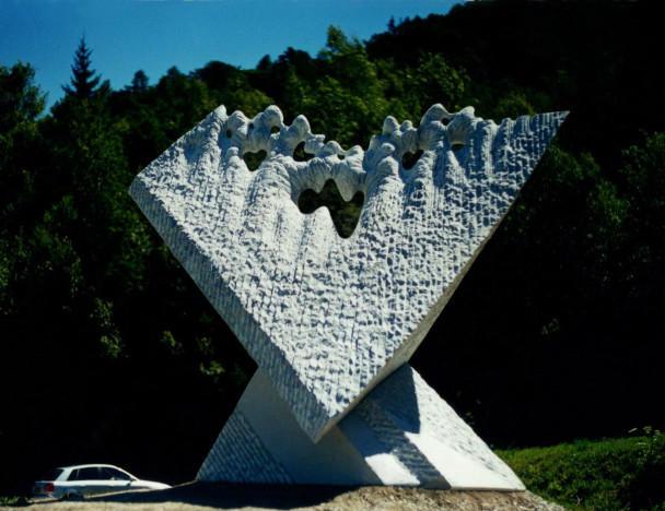 Glacier - White marble -  La Norma, France.