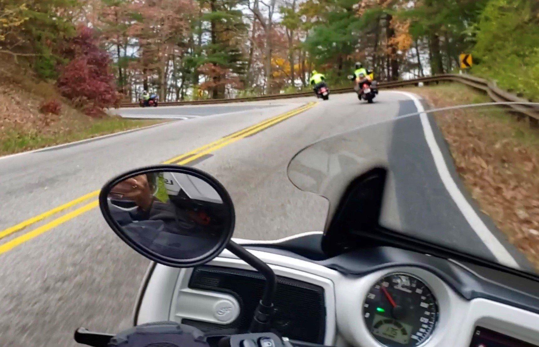 https://0201.nccdn.net/1_2/000/000/16c/6a8/group-on-twisty-road-2.jpg