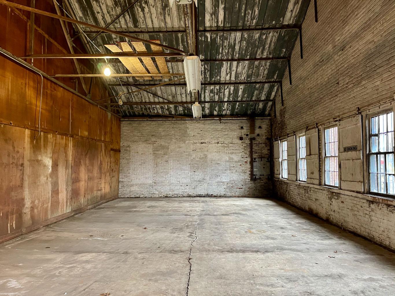 Future Gift Shop - Old Samuels Distillery