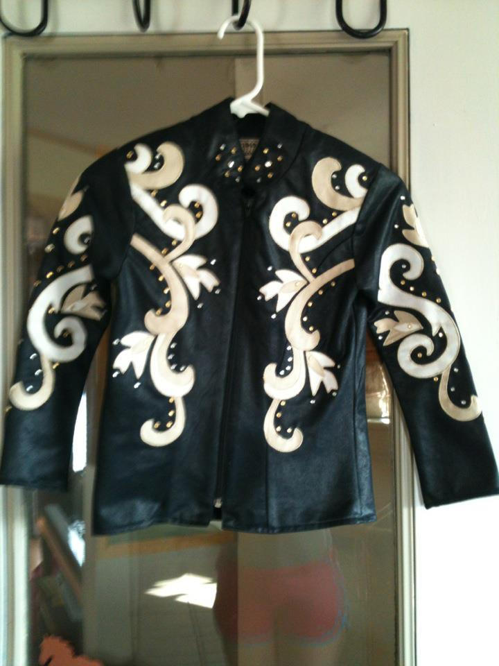 Authentic Ranchwear showmanship jacket. Mint condition, has all rhinestones and zipper works. Child's size medium.