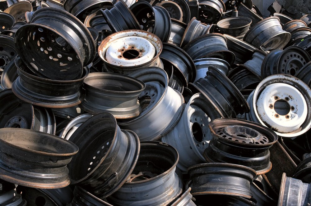 Salvaged Metal Car Tires