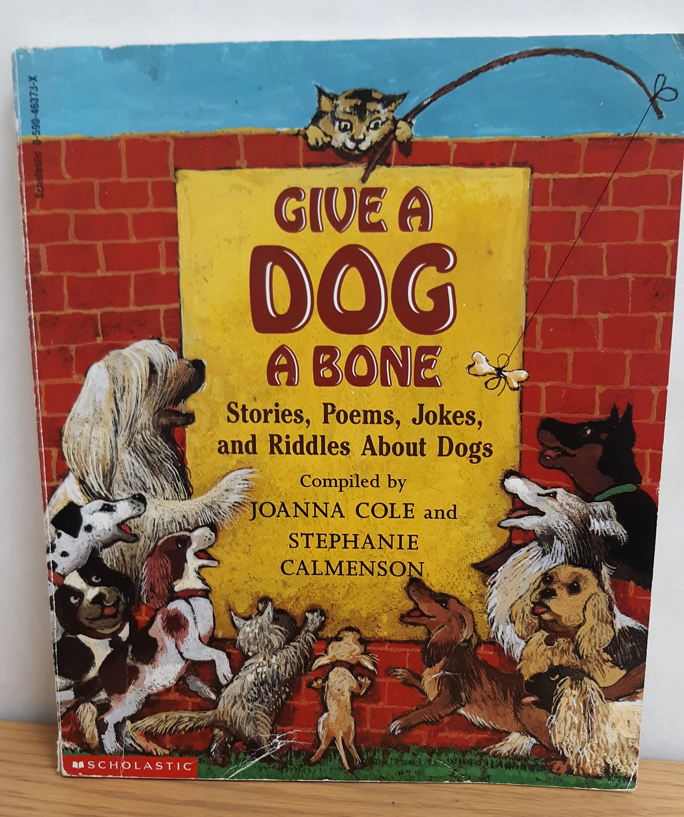 https://0201.nccdn.net/1_2/000/000/172/1d6/give-a-dog-a-bone.png