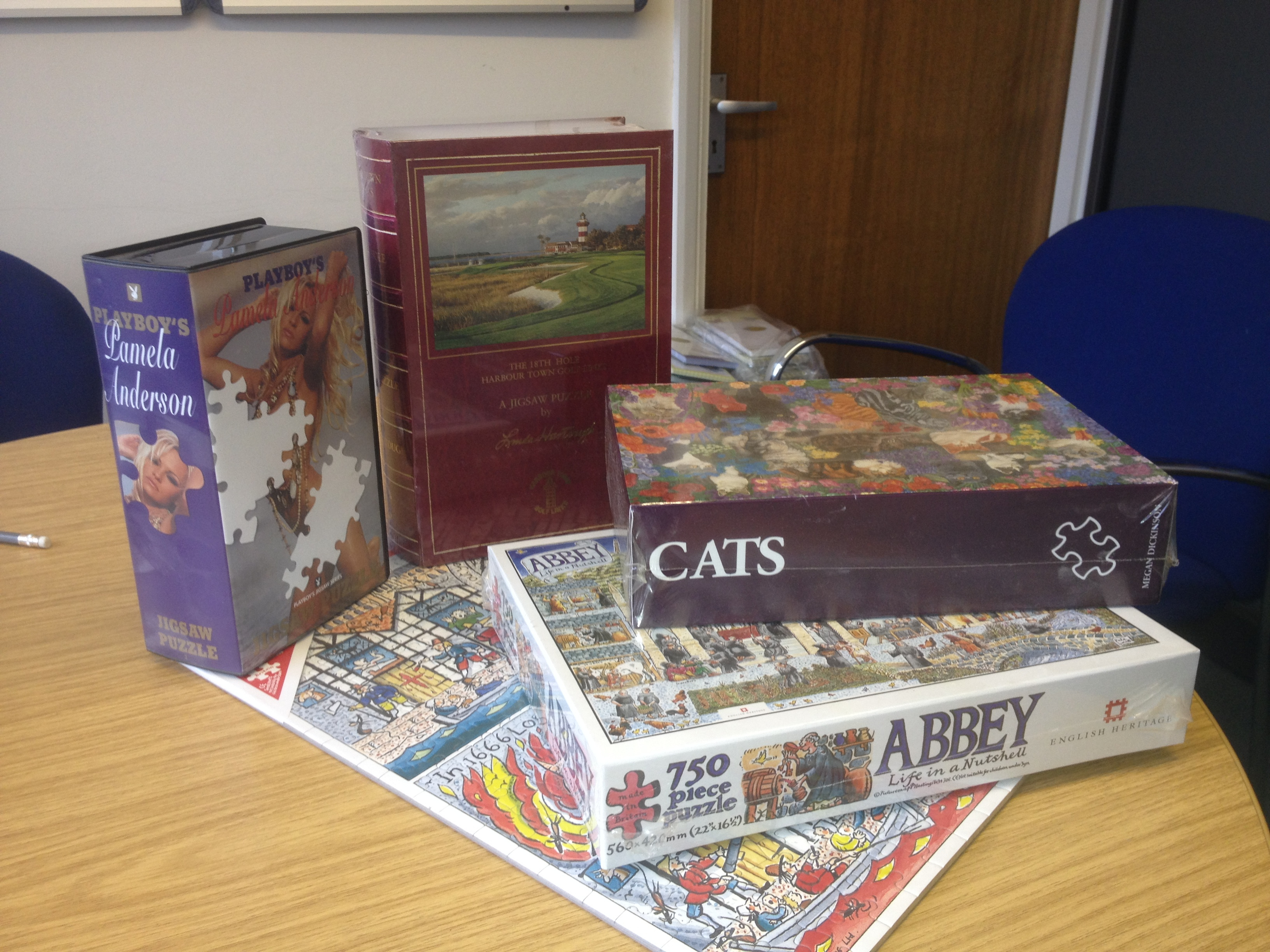 Sample of manufactured jigsaw puzzles