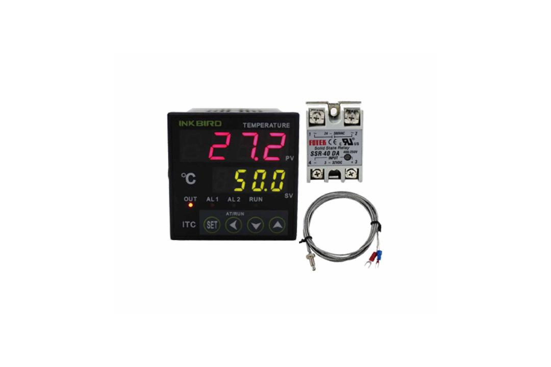 https://0201.nccdn.net/1_2/000/000/173/8ab/Thermostatic-controller-Set-1080x720.jpg