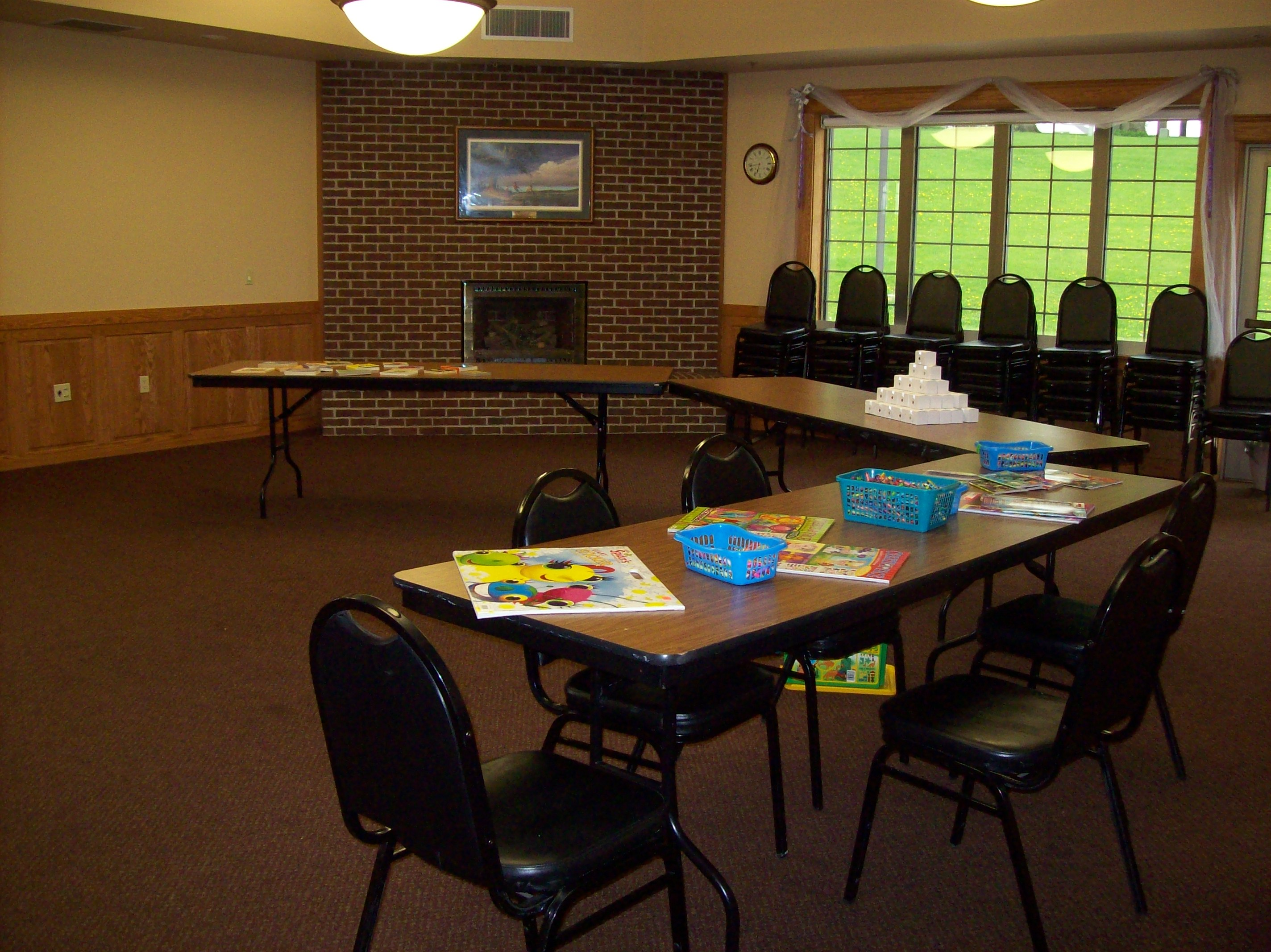 Sprague Room with semi-circle table configuration
