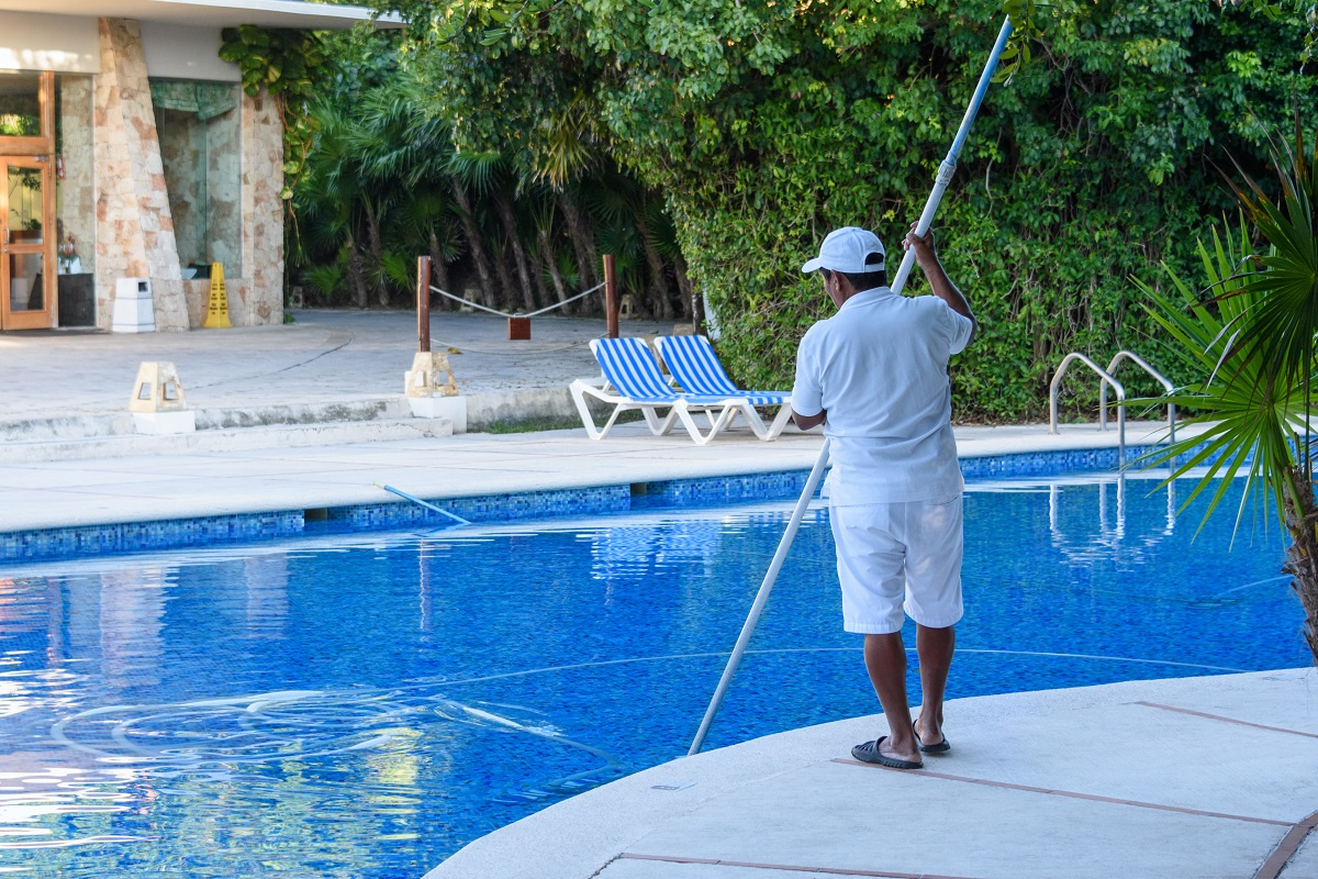 Pool cleaning 2