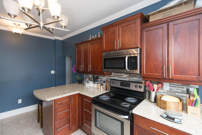 https://0201.nccdn.net/1_2/000/000/176/b71/64-elliott-d-kitchen--2-.jpg
