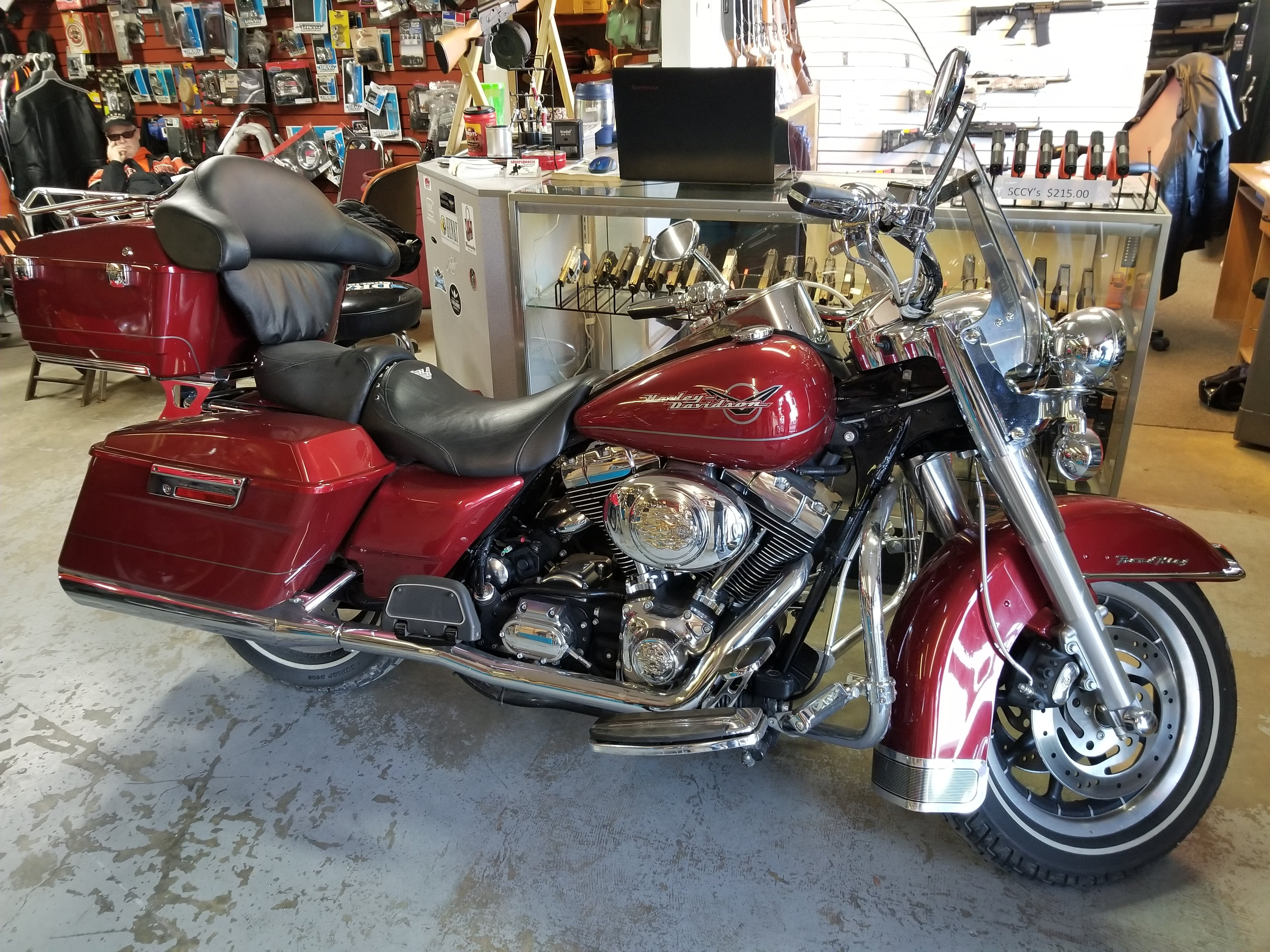 2006 Road King True dules, stage one, 11,000 miles $10,500
