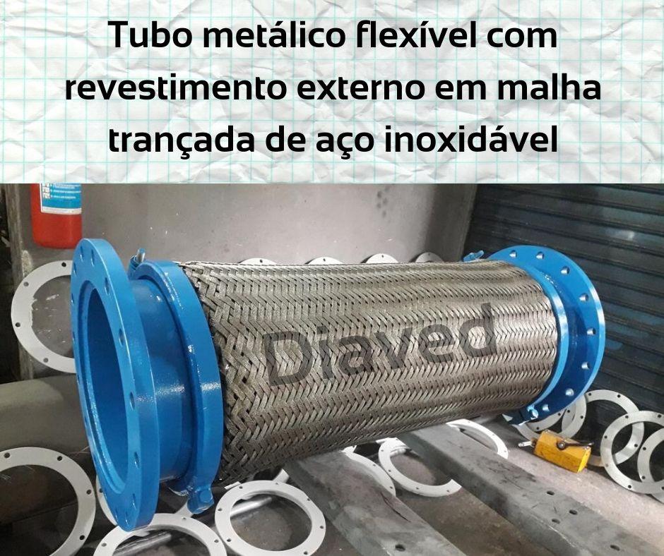https://0201.nccdn.net/1_2/000/000/177/c6a/Tubo-met--lico-flex--vel-com-revestimento-externo-em-malha-tran--ado-de-a--o-inoxid--vel.jpg