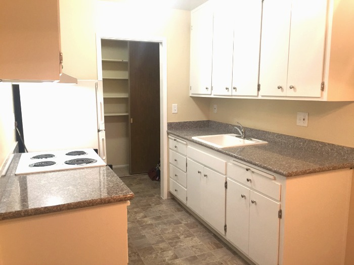 Kitchen with new, granite countertops
