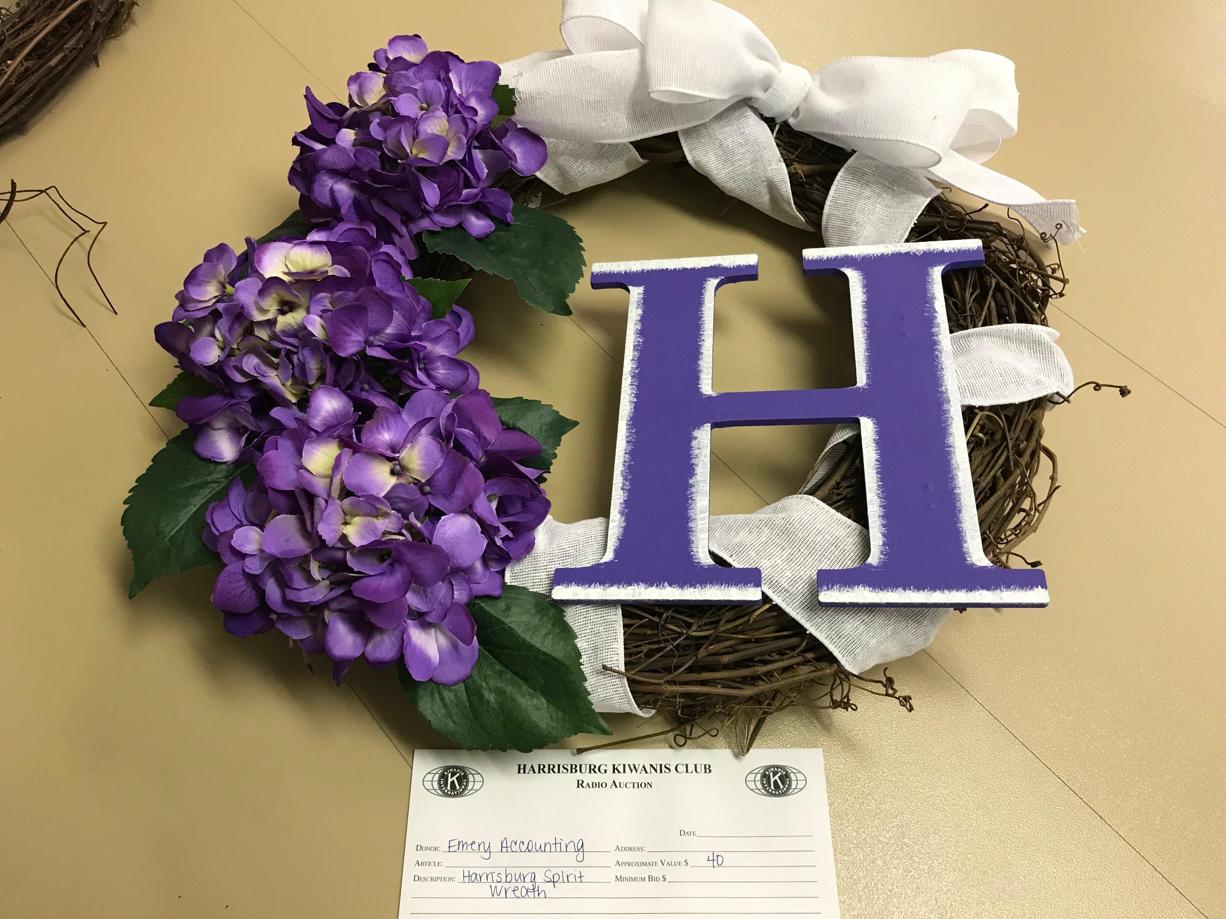 Item 407 - Emery Accounting Harrisburg Spirit Wreath