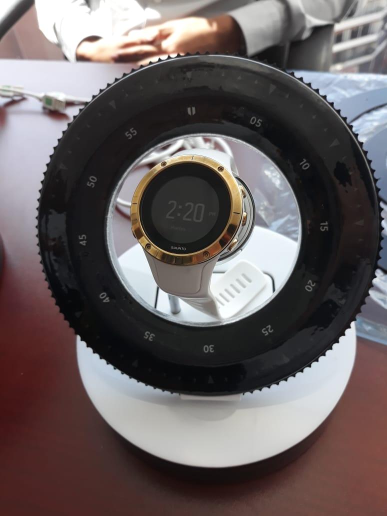 https://0201.nccdn.net/1_2/000/000/17c/a35/samsung---galaxy-watch-galileo.jpg