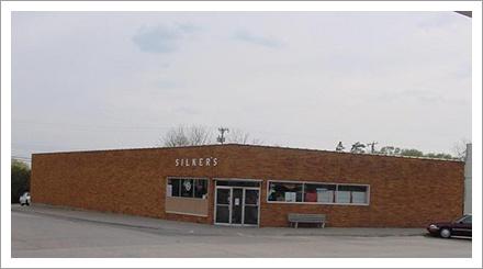 Silker's Store Exterior