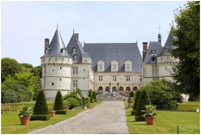 Elegant Castle Structure