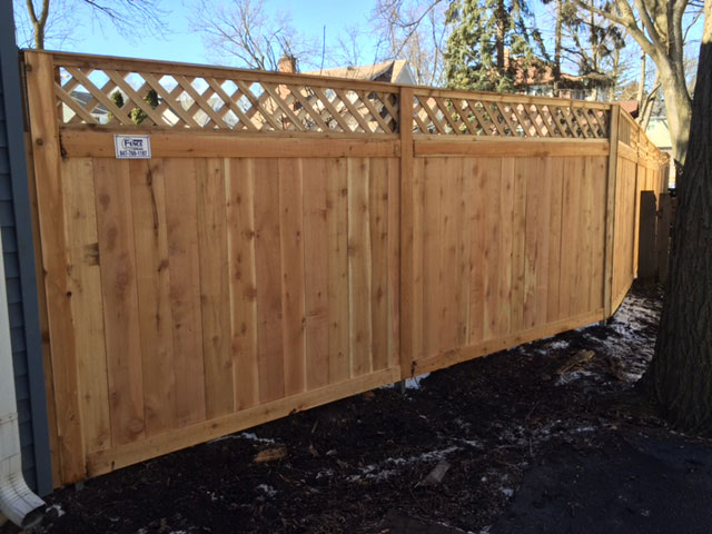 Traditional Fence With diamond Lattice Top Privacy Fence